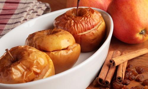 Печеные яблоки с коньяком