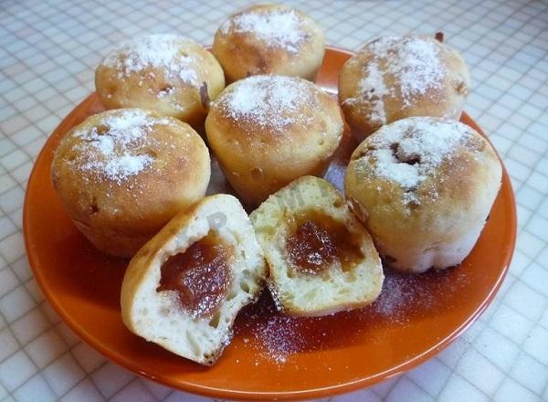 Простые кексы с яблочным повидлом