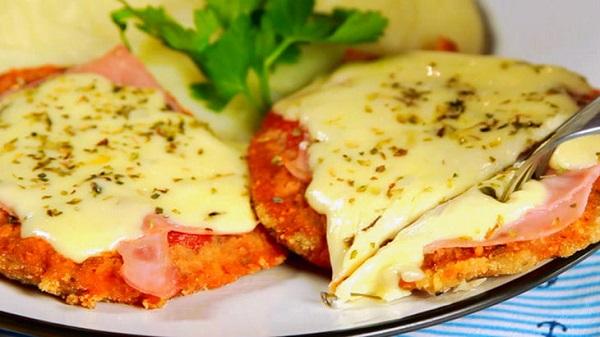 Праздничное быстрое блюдо: Шницель-пицца