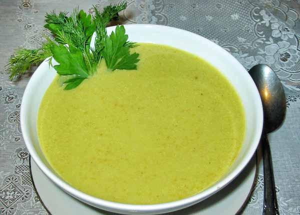 Сырный суп пюре из брокколи в мультиварке