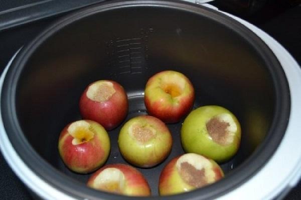 Как карамелизировать яблоки в мультиварке