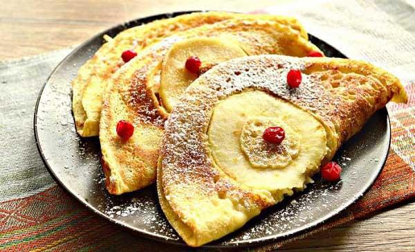Яблочные блины на молоке — рецепт