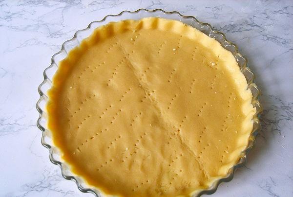 Торт из песочного теста. Оформление домашних тортов